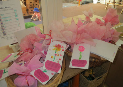Events-Gallery----3-year-old-group-Mothers-Day-Presents